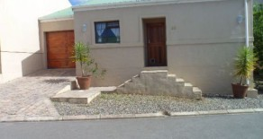Swellendam House H17