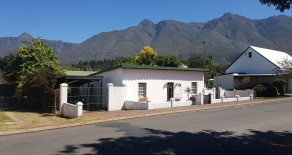 Swellendam House H75